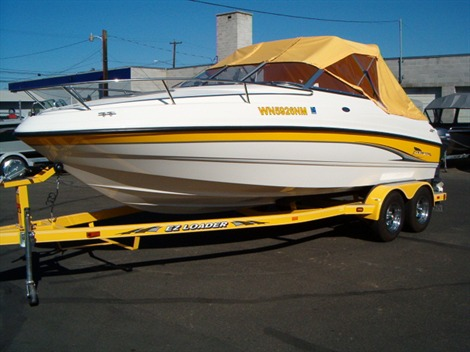 2003 Chaparral 22  SSE205 Power Boats