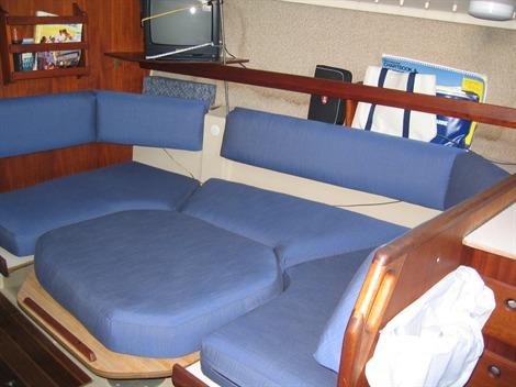 2012 Jeanneau 37  379 Sailboats