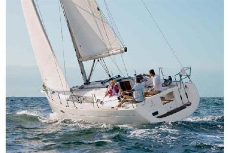 2013 Oceanis Beneteau 34